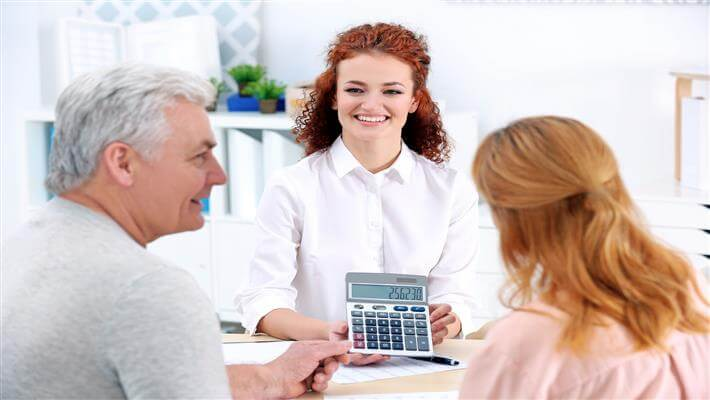 Seniors blog body text pic - Travel insurance in 3 steps