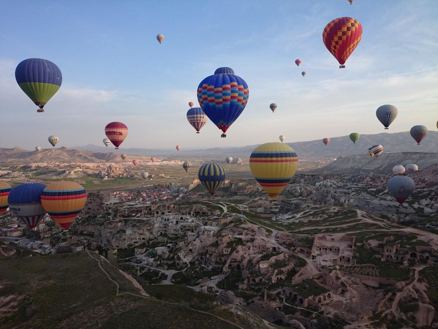 hot air baloon.jpg