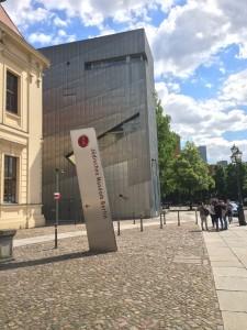 jewish museum berlin outside