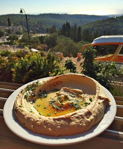 Hummus in the window at HaBait Be'Ein Hud