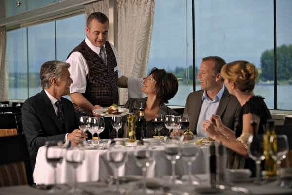 Dining Room - Avalon Waterways